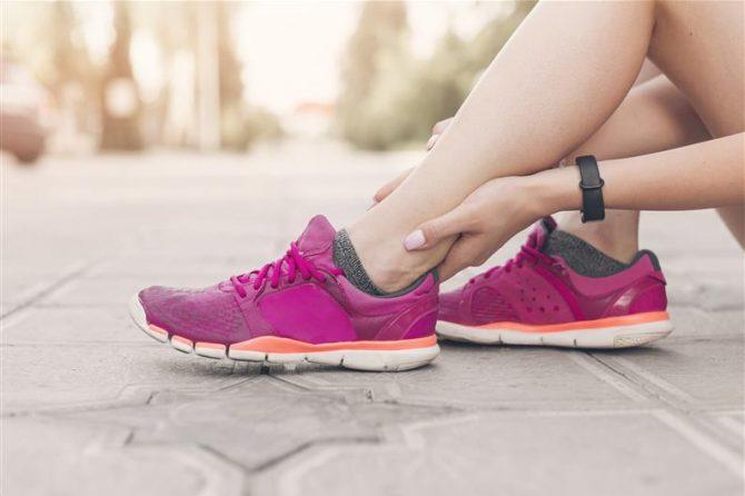 Curare le distorsioni alla caviglia
